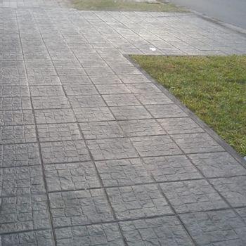 Baldosa Paving Stone Adoquin Desfasado Gris Claro 40x40 cm